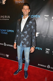 Novak Djokovic sported this cool patterned blazer for his red carpet look at the Sony Open Player Party.