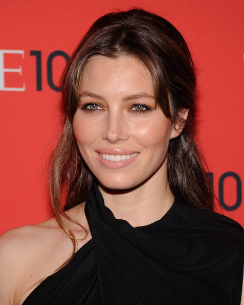 More Pics of Jessica Biel Half Up Half Down (3 of 17) - Half Up Half Down Lookbook - StyleBistro