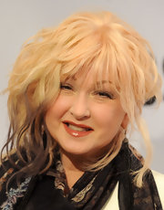 Cyndi Lauper chose a bright gold eyeshadow for her rocker-chick beauty look.