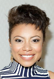 Shalita Grant looked totally rockin' with a gravity-defying fauxhawk.