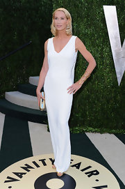 Kelly Lynch opted for the minimal look with this all-white gown, which she wore to the Vanity Fair Oscar party.