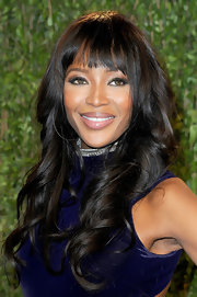 Naomi Campbell sported bouncy barrel curls at the Vanity Fair 2013 Oscars after-party.