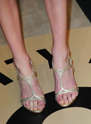 Kate Bosworth oped for a crystal encrusted strappy sandal for her Oscar-night look.