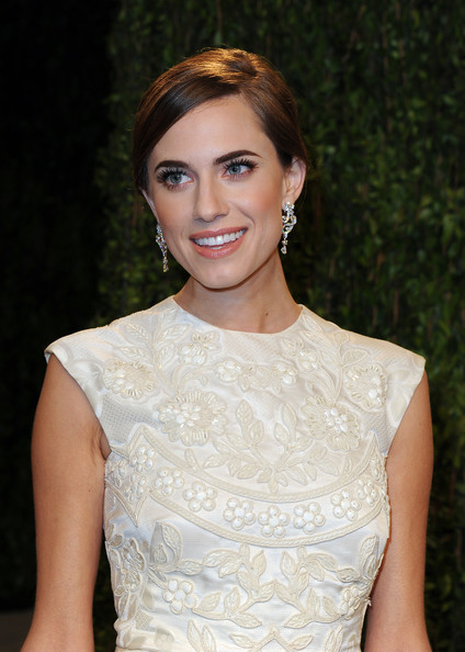 More Pics of Allison Williams Evening Dress (1 of 16) - Allison Williams Lookbook - StyleBistro