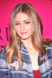 Olivia Palermo looked like a doll with her long, shiny 'do at the Victoria's Secret fashion show.