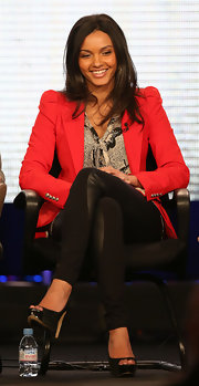 Jessica Lucas wore a striking red puff-sleeve blazer while speaking at the 2013 Winter TCA tour.