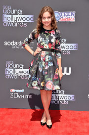 Bailee's bold floral top matched her flared skirt beautifully!