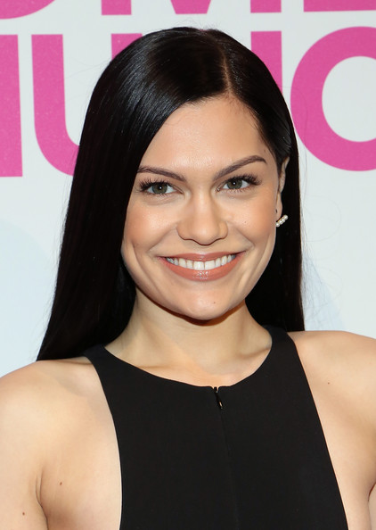 Jessie J sported a simple, sleek hairstyle at the Billboard Women in Music luncheon.