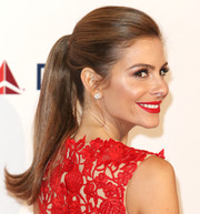 Maria Menounos was all ablaze wearing rich red lipstick to match her outfit.
