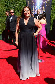 Rachel Tenor walked the Creative Arts Emmy Awards red carpet wearing a cleavage-baring ombre gown.