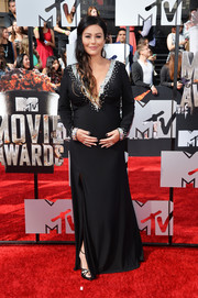 Jenni Farley showed off her glamorous maternity style with this crystal-embellished black gown during the MTV Movie Awards.
