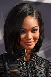 Chanel Iman teamed a graduated bob with a leather LBD for an ultra-modern vibe at the MTV VMAs.