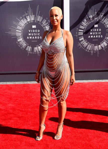 Amber Rose left little to the imagination with this bold red carpet look.