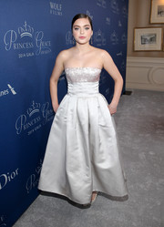 Odeya Rush made our hearts skip a beat with this exquisite gray Christian Dior strapless dress she wore to the Princess Grace Awards Gala.