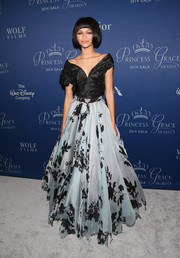 Zendaya Coleman paired her full skirt with a black off-the-shoulder blouse, also by Vivienne Westwood, for a truly princess-like feel.