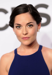 Sarah Green went for simple elegance with this twisty updo at the Tony Awards.
