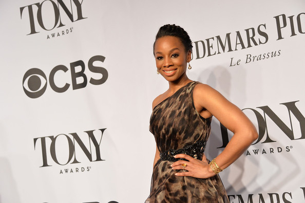 More Pics of Anika Noni Rose One Shoulder Dress (1 of 4) - Anika Noni Rose Lookbook - StyleBistro