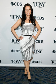 Lucy Liu looked slim and stylish in a monochrome print dress by Dolce & Gabbana during the Tony Awards nominations ceremony.