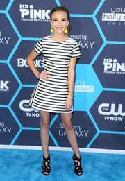 G. Hannelius chose a simple yet cute black-and-white striped dress by Topshop for the Young Hollywood Awards.