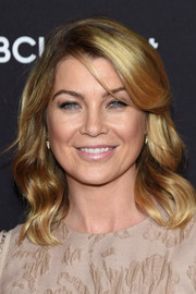 Ellen Pompeo attended the ABC Upfront event wearing girly waves with side-swept bangs.