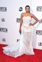 Kat Graham was all about futuristic glamour in an all-over pleated strapless gown by Georges Chakra at the American Music Awards.