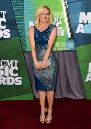 Kellie Pickler sparkled on the CMT Music Awards red carpet in an asymmetrical beaded cocktail dress in two shades of blue.