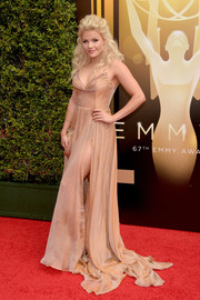 Witney Carson wore this stunning gown to the Creative Arts Emmys.