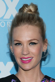 January Jones finished off her striking beauty look with a bright pink lip.
