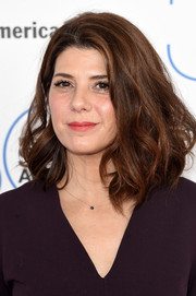 Marisa Tomei looked fab with her fluffed-up waves at the Film Independent Spirit Awards.