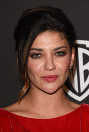 Jessica Szohr was elegantly coiffed with this loose updo at the InStyle and Warner Bros. Golden Globes party.