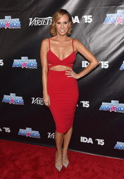 Keltie Knight brought major sex appeal to the Industry Dance Awards with this figure-hugging red cutout dress.