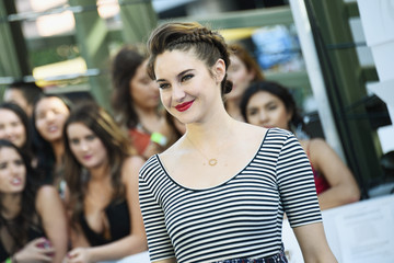 Shailene Woodley Rocks a Braided Updo