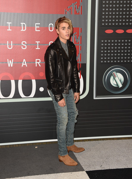 More Pics of Justin Bieber Messy Cut (1 of 66) - Short Hairstyles Lookbook - StyleBistro [jeans,clothing,denim,jacket,leather,fashion,leather jacket,snapshot,textile,cool,arrivals,justin bieber,mtv video music awards,microsoft theater,los angeles,california]