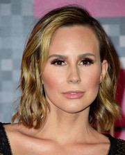 Keltie Knight finished off her look with this short wavy 'do when she attended the MTV VMAs.