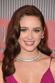 Greer Grammer styled her tresses with vintage-glam waves for the MTV VMAs.