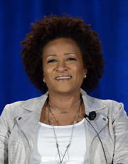 Wanda Sykes sported her natural curls at the 2015 NBCUniversal Summer Press Day.