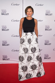 All eyes were on Vanessa Williams - in this lovely floor-length black and white floral skirt.
