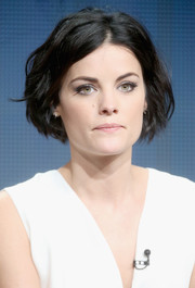 Jaimie Alexander looked lovely with her textured bob at the 2015 Summer TCA Tour.