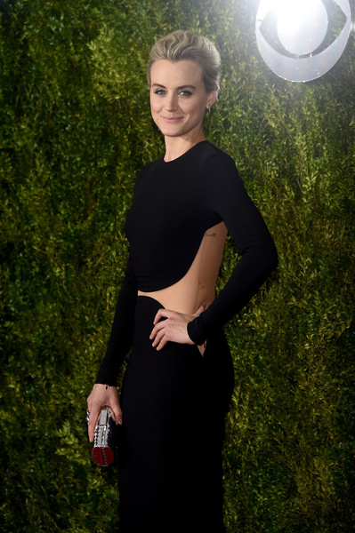 More Pics of Taylor Schilling Statement Ring (1 of 6) - Taylor Schilling Lookbook - StyleBistro [green,clothing,dress,beauty,little black dress,fashion,shoulder,grass,blond,cocktail dress,arrivals,taylor schilling,radio city music hall,new york city,tony awards]