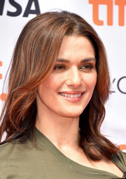 Rachel Weisz kept it simple yet pretty with these shoulder-length waves at the TIFF premiere of 'The Lobster.'