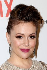 Alyssa Milano looked elegantly funky wearing this pompadour at the Weinstein Company and Netflix Golden Globes party.