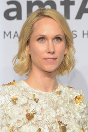 Indre Rockefeller sported an adorable wavy bob at the amfAR New York Gala.
