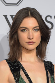 Jacquelyn Jablonski opted for a casual and edgy layered cut when she attended the amfAR New York Gala.
