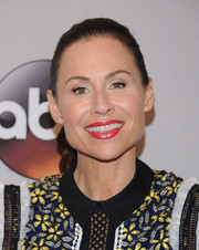 Minnie Driver looked youthful with her wavy ponytail at the 2016 ABC Upfront.