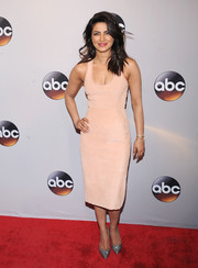 Priyanka Chopra showed off her slim figure in a fitted pink suede dress by Dion Lee at the 2016 ABC Upfront.