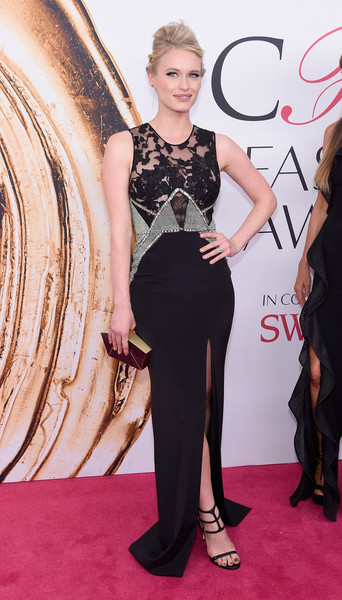 Leven Rambin paired her dress with sexy black gladiator heels.