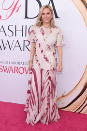 Tory Burch kept it conservative in this striped and ruffled gown during the 2016 CFDA Fashion Awards.