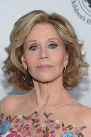 Jane Fonda wore her hair in a classic curled-out bob at the 2016 Carousel of Hope Ball.
