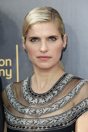 Lake Bell attended the 2016 Creative Arts Emmy Awards wearing her hair in an elegant ponytail.