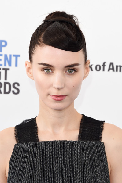 Rooney Mara rocked an architectural updo at the Film Independent Spirit Awards.